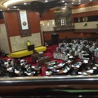 Photo taken at Dewan Undangan Negeri Selangor by Azwan M. on 11/11/2015