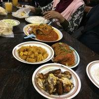 Photo taken at Restoran Kari Kepala Ikan Kampung Pandan by Azy A. on 10/29/2016