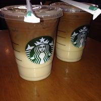 Photo taken at Starbucks by Virydiana P. on 3/24/2014