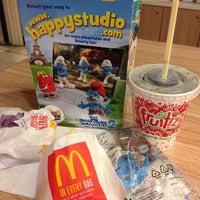 Photo taken at McDonald's by Yen L. on 8/8/2013