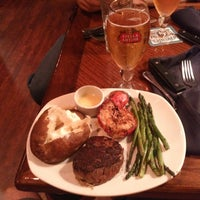 Photo taken at Outback Steakhouse by Neil H. on 8/21/2013