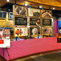 Photo taken at Smooch Unlimited Frozen Yogurt by A. Andhy K. on 12/13/2013