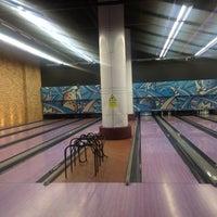 Photo taken at Yalla Bowling Lanes by Zizo on 12/16/2014