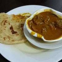 Photo taken at Maharaja Curry House by Erlangga 9. on 5/4/2014