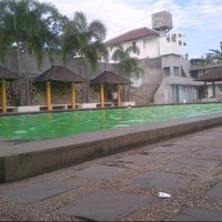 Photo taken at Kolam renang Link by Imas R. on 6/9/2013