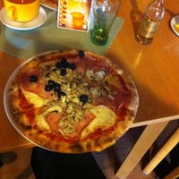 Photo taken at Pizzeria Il Carne by Anton F. on 12/27/2013