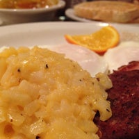 Photo taken at Cracker Barrel Old Country Store by T Gregory K. on 12/7/2013
