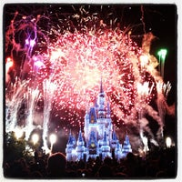 Photo taken at Wishes Nighttime Spectacular by Rafael N. on 11/27/2012