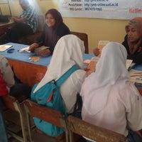 Photo taken at SMA Negeri 1 Kasihan by Rundraj J. on 12/16/2013