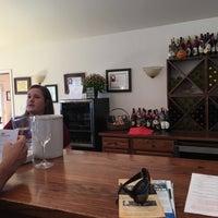 Photo taken at Fox Meadow Winery by 😻Deniz H. on 10/23/2016