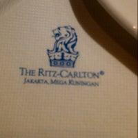 Photo taken at Ritz carlton ballroom by Meilisa B. on 12/31/2013