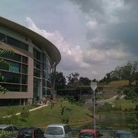 Photo taken at Perbadanan Perpustakaan Awam Selangor (PPAS) by Ika R. on 10/22/2011