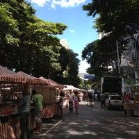 Photo taken at Feira de Artes e Artesanato de Belo Horizonte (Feira Hippie) by Gustavo V. on 3/4/2012