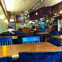 Photo taken at Red Oak Cafe by Joe F. on 9/28/2011