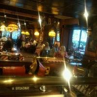 Photo taken at T.G.I. Friday's by Alberto Rodrigo L. on 3/27/2011