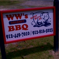 Photo taken at WW's Gourmet BBQ by S'ade G. on 4/19/2012
