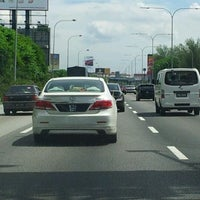 Photo taken at Lebuhraya Persekutuan (Federal Highway) by Joel N. on 5/13/2012