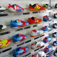 Photo taken at Giza Sports by Sharizat S. on 7/18/2012