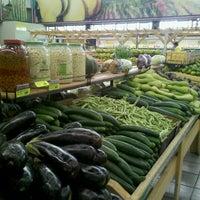 Photo taken at Ki-Frutas by Paula A. on 4/27/2012