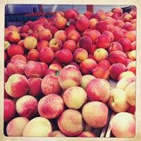 Photo taken at Penn Quarter FRESHFARM Market by Katalin E. on 7/11/2013