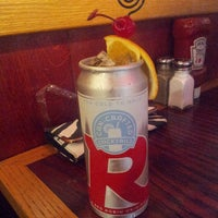 Photo taken at Red Robin Gourmet Burgers by Tayy M. on 11/15/2013