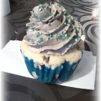 Photo taken at Destino Cupcakery by Gaby A. on 7/16/2013