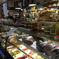 Photo taken at La Villa Delicatessen & Gourmet Shop by Axel J. on 12/24/2015