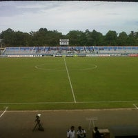 Photo taken at Stadion Wijayakusuma Cilacap by Tomo a. on 4/19/2013