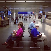 Photo taken at Minneapolis–Saint Paul International Airport (MSP) by Felix P. on 10/9/2013