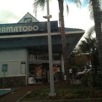 Photo taken at Farmatodo by Enrique S. on 1/29/2013