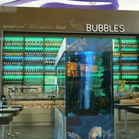 Photo taken at Bubbles Seafood & Wine Bar by Lifestyle-издание bit.ua   Be in trend! on 7/23/2013