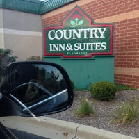 Photo taken at Country Inn & Suites By Carlson, Naperville, IL by Marija P. on 9/7/2013