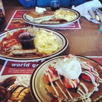 Photo taken at Denny's by Eymi A. on 8/22/2013
