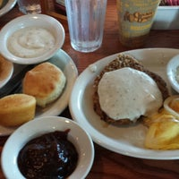 Photo taken at Cracker Barrel Old Country Store by Kiesha S. on 9/19/2014