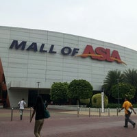 Photo taken at SM Mall of Asia by Blessie M. on 7/29/2013