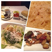 Photo taken at Romano's Macaroni Grill by Angelica J. on 10/21/2013