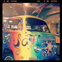 Photo taken at Mellow Mushroom by April H. on 6/9/2012