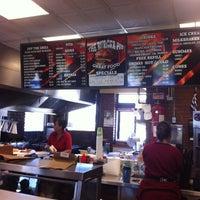Photo taken at Burger Pit by Leslie H. on 6/29/2012