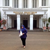 Photo taken at Fakultas Kedokteran Universitas Indonesia by Aini A. on 10/13/2013