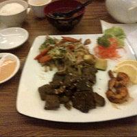 Photo taken at Hatsu Tei Teppanyaki & Sushi by Monica L. on 12/31/2013