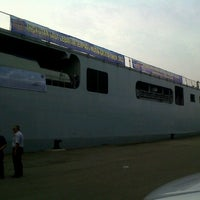 Photo taken at Terminal Penumpang Nusantara Pelabuhan Tanjung Priok by Navyana H. on 8/5/2013
