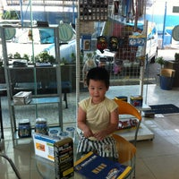 Photo taken at United Oil Car Wash by Henky Amadeus H. on 12/26/2013
