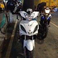 Photo taken at PETRONAS Station by Mohd Adli Akmal T. on 12/11/2015