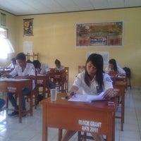 Photo taken at SMA Negeri 1 Kauditan by Nois N. on 3/3/2014