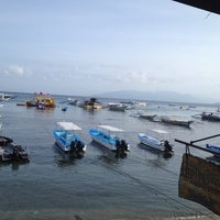 Photo taken at Capt'n Gregg's Dive Resort by Laarni d. on 11/6/2014