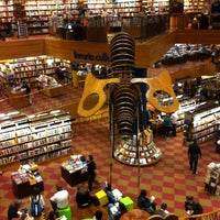 Photo taken at Livraria Cultura by Arcindo Agustin V. on 4/16/2013