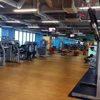 Photo taken at Jurong West ActiveSg Gym by 爪丹工爪◯れ on 12/22/2013