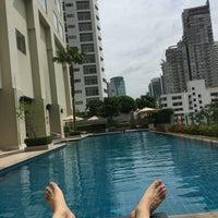 Photo taken at Sukhumvit Park, Bangkok - Marriott Executive Apartments by Yj M. on 8/19/2016