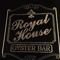 Photo taken at Royal House Oyster Bar by Manny on 2/13/2013