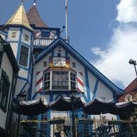 Photo taken at Old Heidelberg German Restaurant & Lounge by Amy P. on 7/21/2013